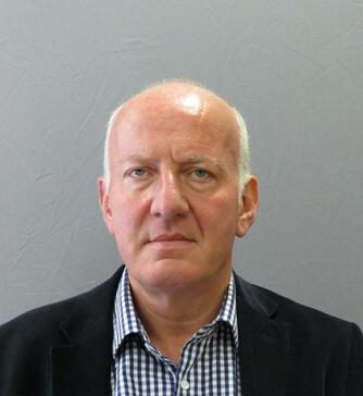 Photo of Dr Martin Leslie