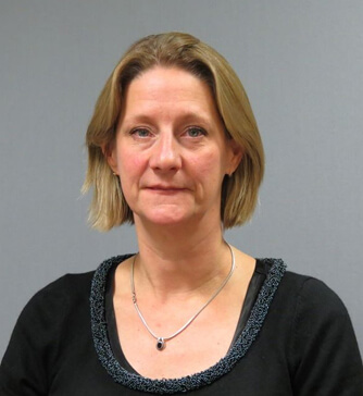 Photo of Dr Polly Richards